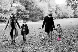 Read more about the article Family Portraits Altrincham- Gorgeous Autumn shots.