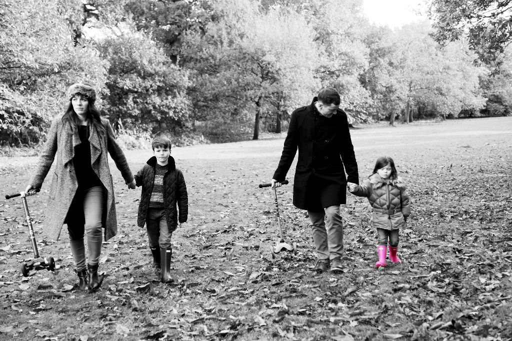 22 - Family Portraits Altrincham- Gorgeous Autumn shots.