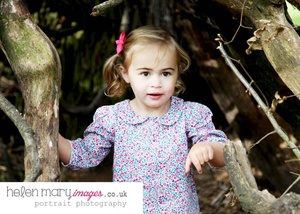 35 - Family Portrait Photographer Hale and Bowdon: Autumn Magic